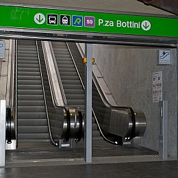 Escalators for public use THD